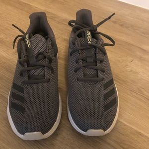 Adidas running shoes size 6 1/2